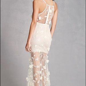 Forever 21 floral appliqué fancy dress size med